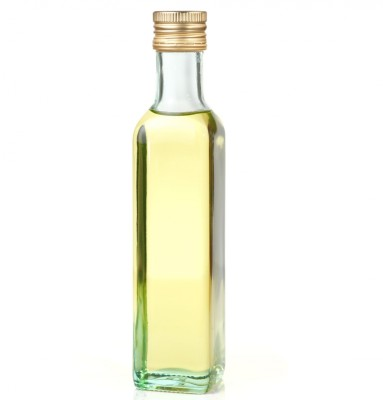 Moringa Oil (purchased from www_123rf_com)(squared)